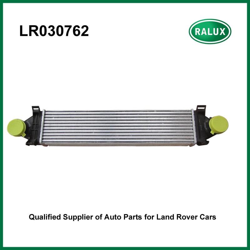 LR030762 LR Freelander 2 Car Intercooler 2.2L Turbo Diesel with hole charge air cooler for Land Range Rover vehicles lr031466 lr020401 intercooler 2 2l turbo diesel for evoque 2012 freelander 2 2006 charge air cooler engine spare parts supply