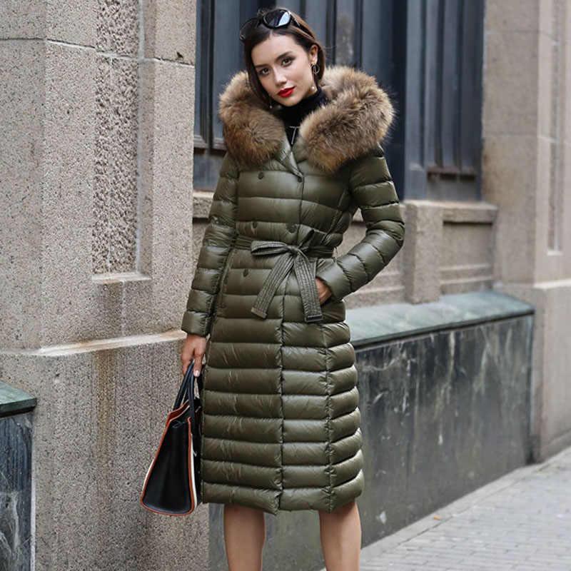 0ffc2604f59 Натуральный мех Зимний пуховик женский капюшон пальто 2018 брендовый новый большой  енот меховой воротник армейский зеленый