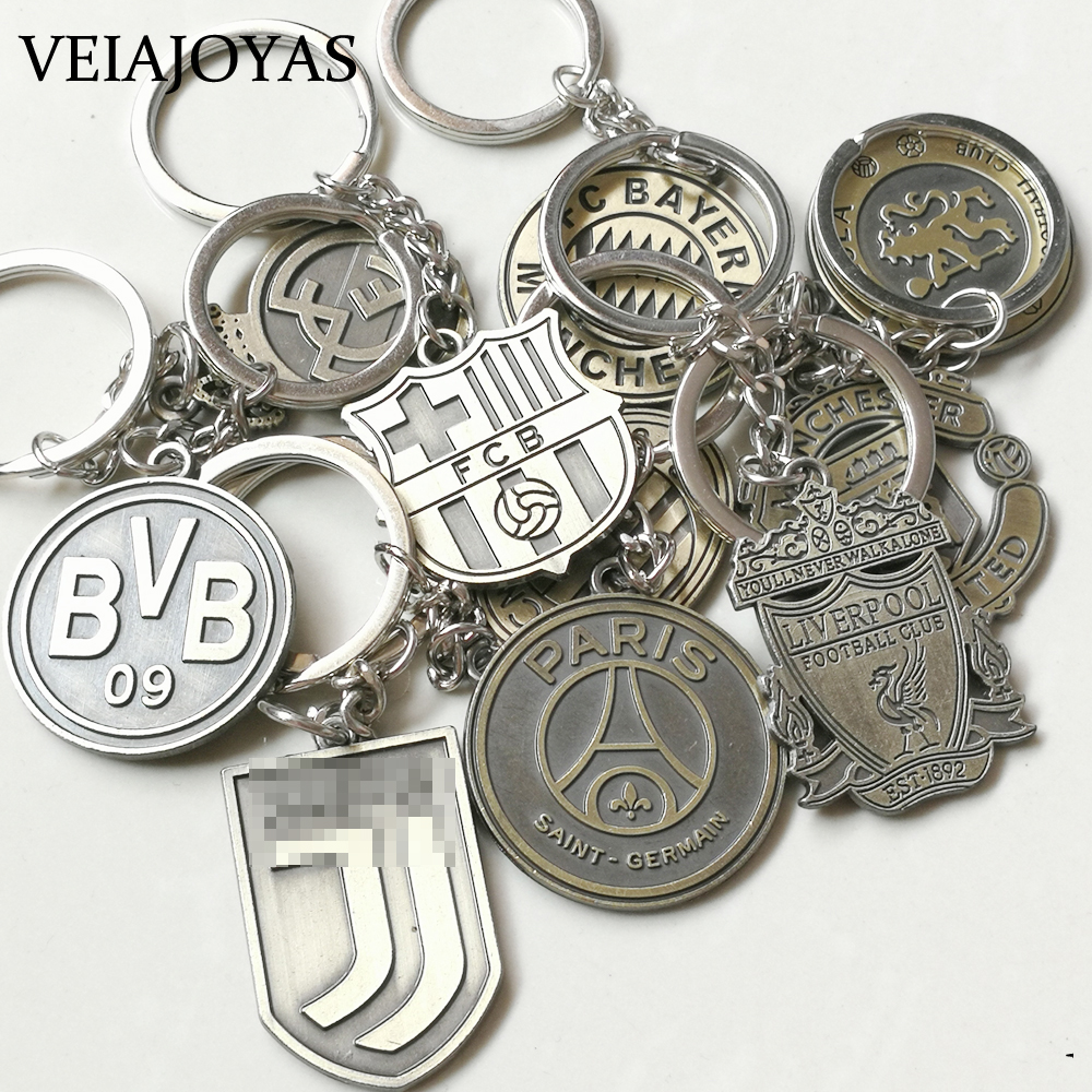 Football Keychains Hot Europe's Football Leagues Spanish La Liga Soccer Club Logo Bronze Vintage Key Chain Men Keyrings Chaveiro
