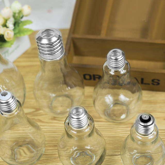2018  New Summer Bulb Water Bottle Cute Brief Fashion Cute Milk Juice Light Bulbs Leak-proof light lamp Creative Juice Tea Drink