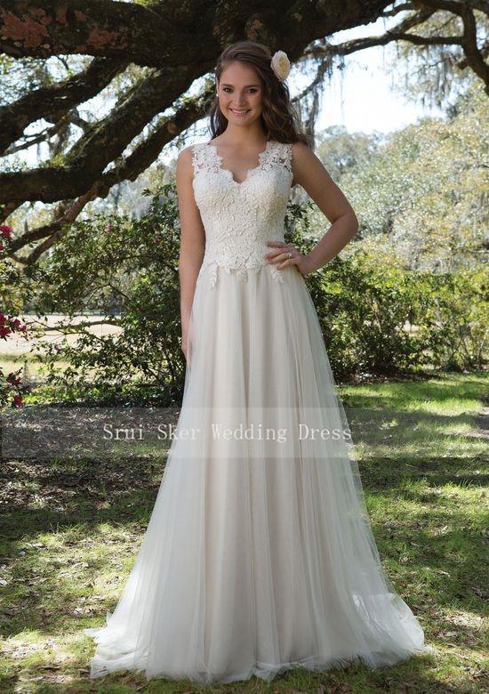 Image 4 - Charming V Neck A Line Lace Wedding Dress White/Ivory Illusion Back Tulle Wedding Bridal Gowns Long Dress-in Wedding Dresses from Weddings & Events