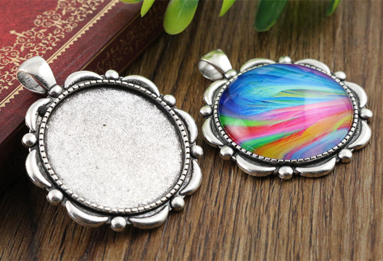 5pcs 30mm Inner Size Antique Silver Classic Style Cabochon Base Setting Charms Pendant (B5-15)5pcs 30mm Inner Size Antique Silver Classic Style Cabochon Base Setting Charms Pendant (B5-15)