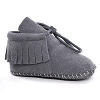 Замшевые для маленьких мальчиков для маленьких девочек Мягкие Мокасины Moccs обувь Bebe бахрома на мягкой подошве нескользящая обувь для младе