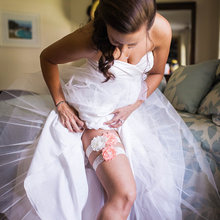 Свадебная подвязка для невесты, слоновая кость, кружево на память, потрепанная шифоновая розетка, слоновая кость, слива, свадебная подвязка