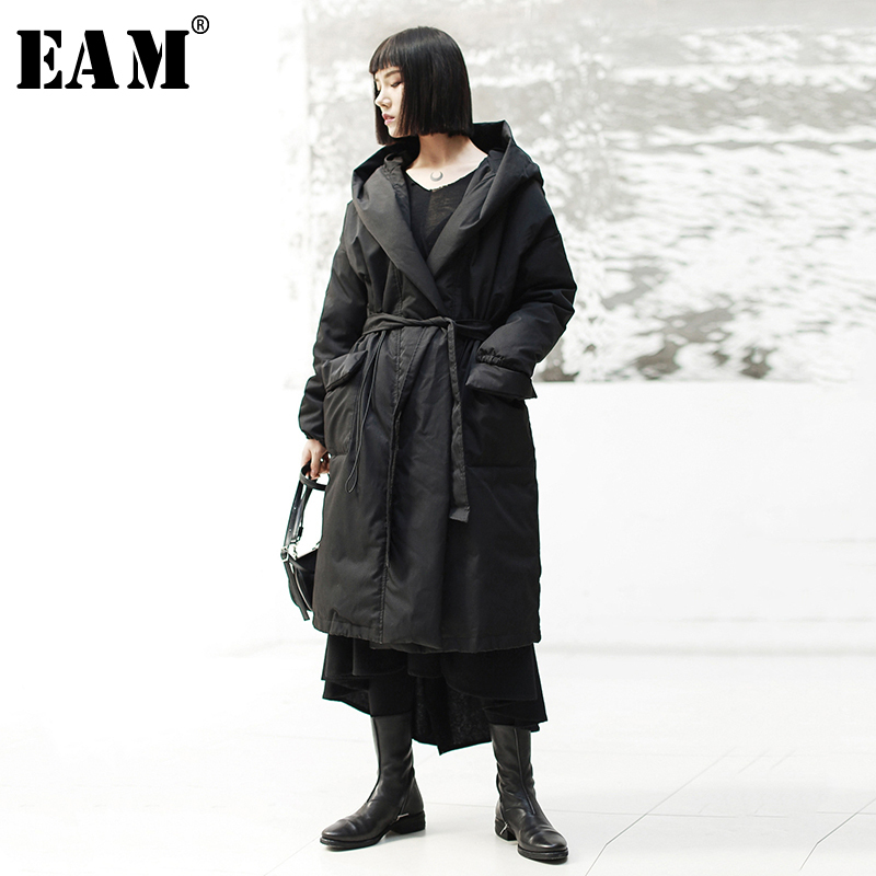 EAM 2019 New Spring Hooded Long Sleeve Blak Loose Waist Bandage Long Thick Cotton padded