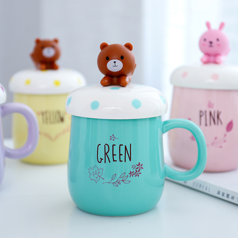 Doll cartoon mug with lid, mobile phone holder ceramic cup Mug,lovers cup Flower Tea Set Coffee Cup, Water Milk Coffee Drinkware
