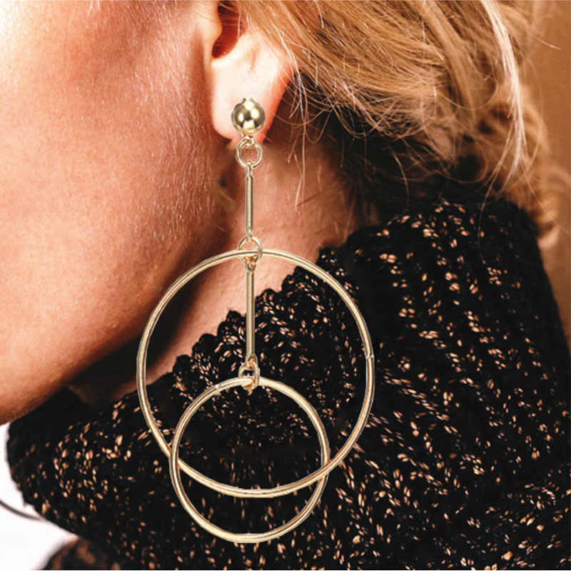 2018 New fashion jewelry earring big circle drop earrings for women Simple Fashion Metal