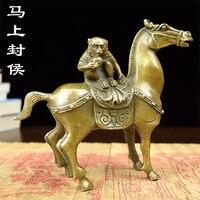 buda pet Fenghou trumpet immediately Fenghou brass monkey Wang Zhaocai living room office decoration industry home sculpture