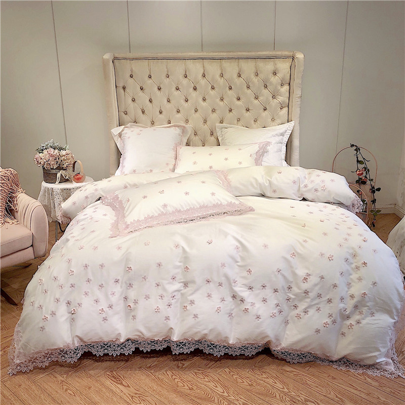 Pink Lace Edge Floral Duvet Cover Set Princess Style Bedding For Girls Ultral Soft Tencel Silk King Queen Size Bed Sheet Set