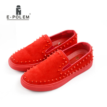 Fashion Mens Loafers Shoes Nubuck Genuine Leather Lazy Men Shoes 2017 Spring Autumn Rivet Mens Casual Oxfords Shoes Red Black