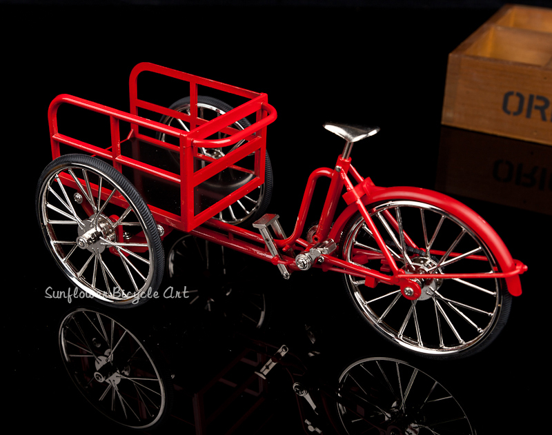 diy miniature metal assembly Red Tricycle bike model Soldier Parts doll toys for children kids birthday Christmas gift  children best gift fashion sex red color diy metal supper car assembled model toys