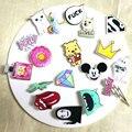 1 PCS Kawaii Ícone Frete Grátis Acrílico Pin Emblema Dos Desenhos Animados Ícones Mochila Decoração Emblemas