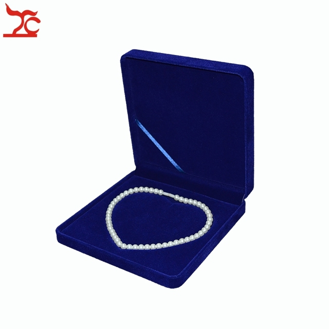 New Arrival Jewelry Display Sapphire Blue Velvet Pearl Necklace Gift