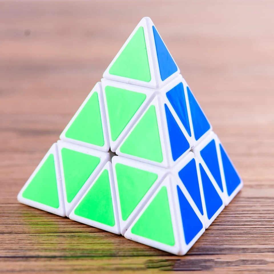 الإبداعية الهرم مكعبات سحرية شكل الترفيه للأطفال سريعة تويست ماجيك كيوب هدية مثلث ألعاب خشبية لاختبار الذكاء