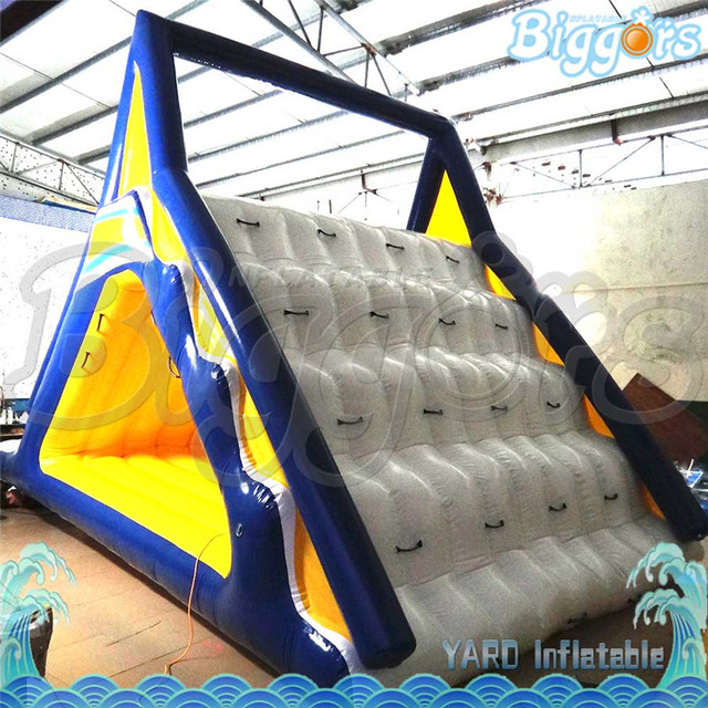 Giant Inflatable Floating Water Park Water Slides Game With Climbing