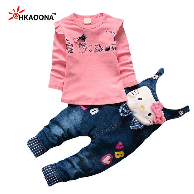 Primavera de varejo Das Meninas Do Bebê Roupas Define Camisa + Olá Lovely Kitty Patchwork Suspensórios Das Calças de Brim Conjunto de Roupas Casuais Crianças Roupas