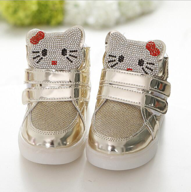 New 2016 Cool LED Lighted Kids Shoes Hot Sales Fashion Spring/Autumn Boys Girls Child KT Sneakers Lovely Baby Lunimous Boots