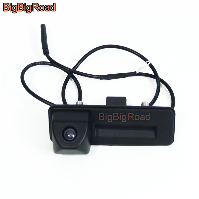 BigBigRoad Car Trunk Handle Rear View Backup Reverse Camera For Skoda Roomster Fabia Octavia 5E MK2 Yeti superb / Audi A1 наклейки skoda superb octavia roomster fabia