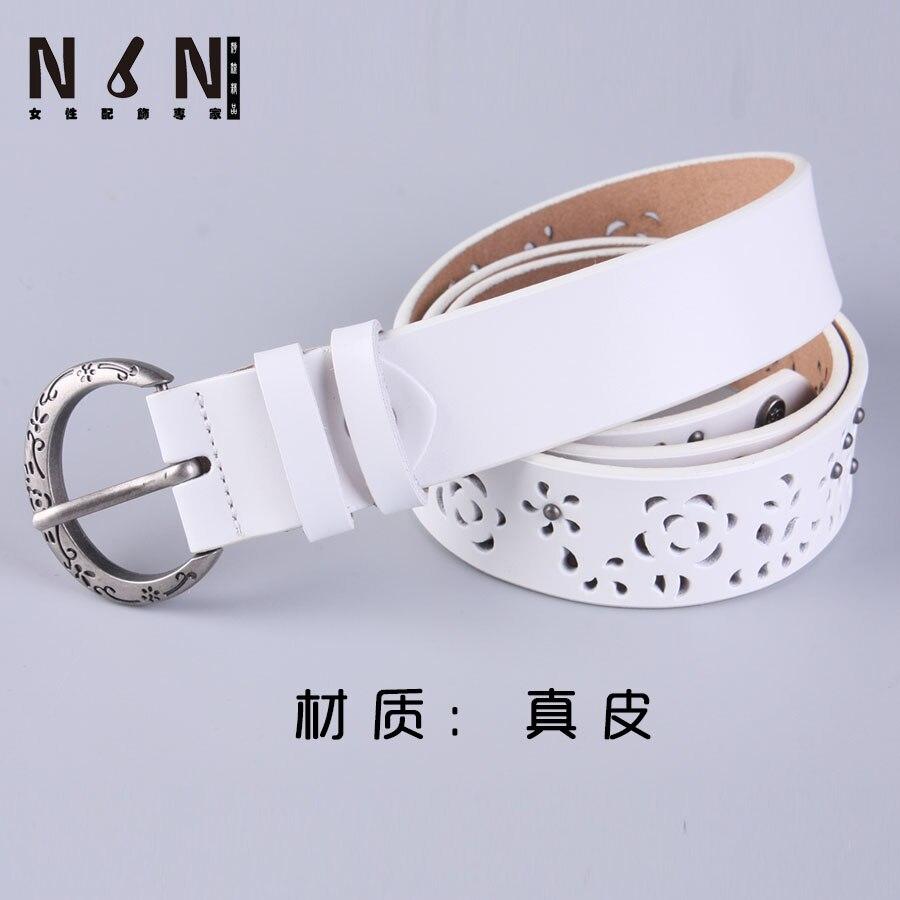 À la mode large ceinture boucle joker aiguille femelle blanc parure pur  ceinture en cuir ceintures en cuir LvKong jeans 88fcdf6add5