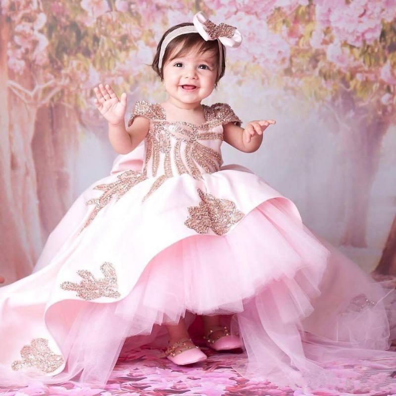 2019 Pink Baby Girls Birthday Dress Sweep Train Beaded Applique Kids Formal Wear Cute Bow Flower Girls Dresses Customized Size2019 Pink Baby Girls Birthday Dress Sweep Train Beaded Applique Kids Formal Wear Cute Bow Flower Girls Dresses Customized Size