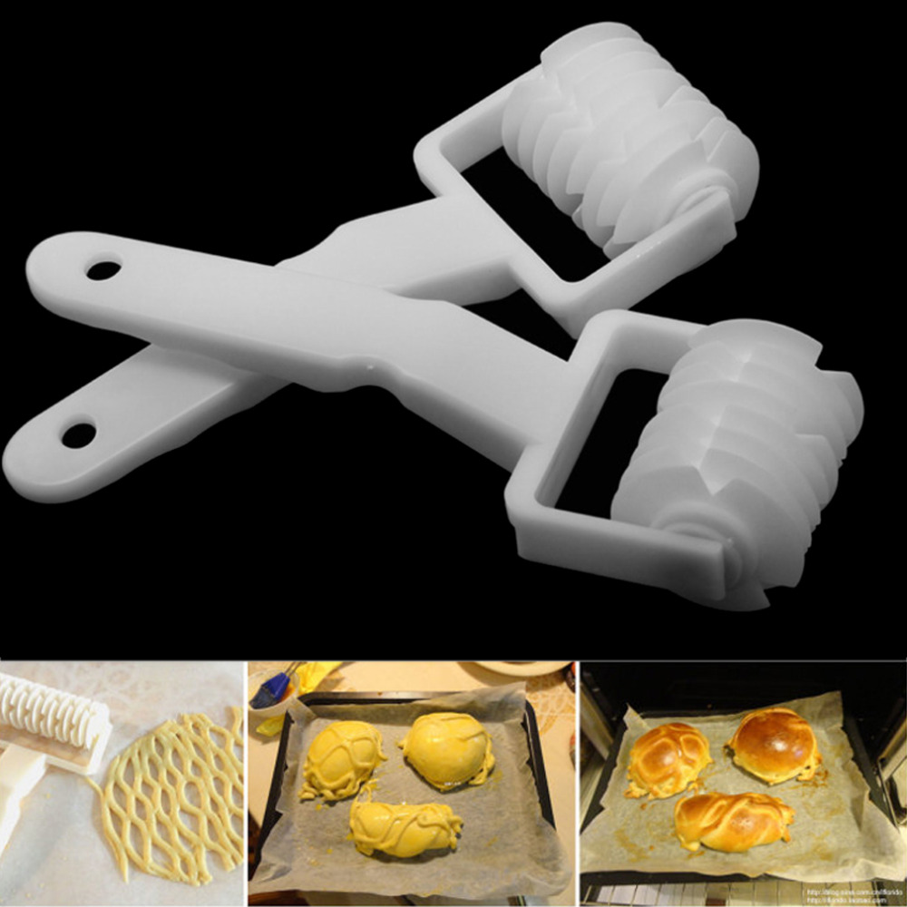 Baking & Pastry Spatulas Romantic High Quality Small Size Plastic Pastry Baking Tool Pie Pizza Cookie Cutter Lattice Roller Cutter Craft Kitchen Accessories High Standard In Quality And Hygiene Home & Garden