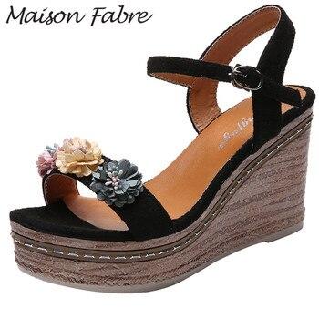 Zapatos SAGACE mujeres hebilla Sandalias Zapatos de cuña Zapatos de correa de tobillo de flor de sandalias de goma para la playa 2019 bombas zapatos de las mujeres 8cm Sandalias de tacón