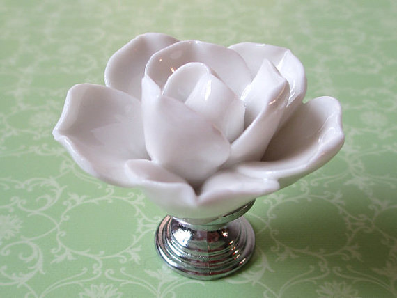 White Flower Knob Dresser Knobs Drawer  Pulls Handles Silver / Kitchen Cabinet Knobs Handle Ceramic Rustic Rose Lotus Hardware трикси игрушка для собаки осел ткань плюш 55 см page 2