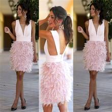 Rosa Feder Kurze Gerade Prom Kleider Sexy V-ausschnitt Backless Knielangen Cocktail Party Kleider Einfache Rosa Homecoming Kleid