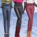 Novo 2016 Calças Mulheres Moda Costura Magro à prova de Vento Quente Para Baixo Calças de Inverno Mais Grossa de Veludo Calças Calças Pés
