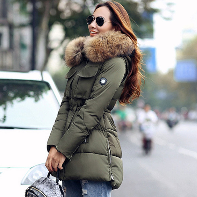 TOP Quality Large Real Fur 2016 Winter Jacket Women Raccoon Fur Collar Hooded Thick Down Coat For Women Winter Parka