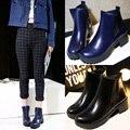 Diseñadores Marca Tobillo de Las Mujeres Botas Planas de Los Talones Zapatos de Mujer de Cuero de Gamuza botas Brogue recortes Resbalón en Negro Azul Más El Tamaño 43