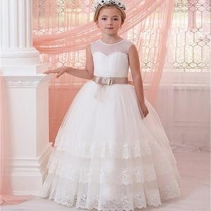 Image 3 - 결혼식을위한 새로운 민소매 계단식 레이스 꽃의 소녀 드레스 리본으로 첫 번째 친교 드레스 소녀 미인 대회 가운