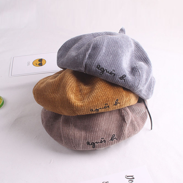 Vintage Winter Embroidery Letter Wool Octagonal  Beret