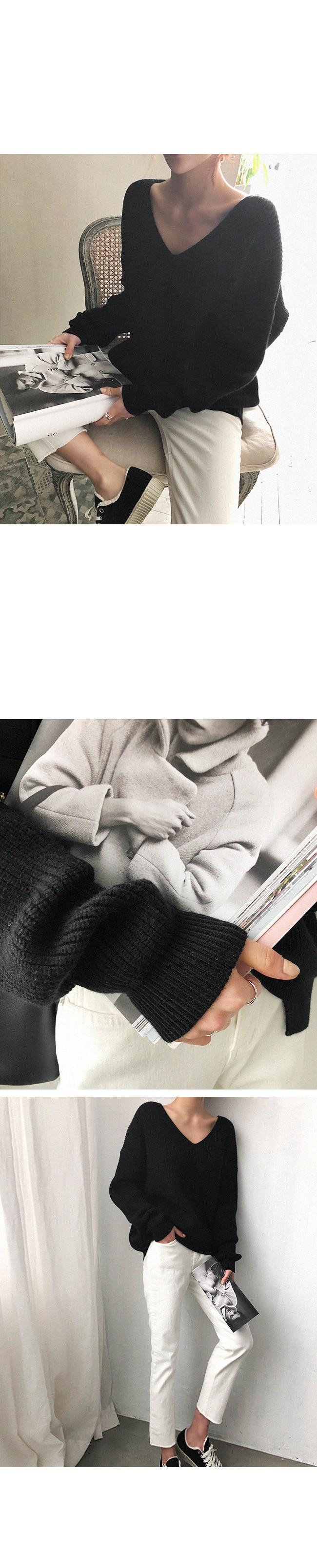 19 Winter Ovreiszed Sweater Women V Neck Black White Sweater Irregular Hen Knitted Tops 24
