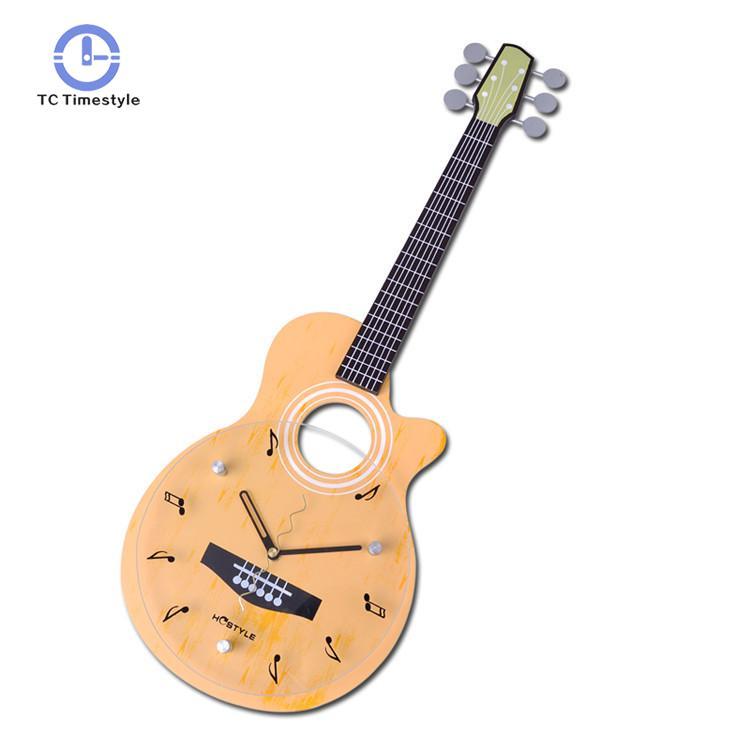 Mode guitare en forme horloge murale créative Mdf horloges murales verre cadran muet suspendus montres décoration de la maison accessoires moderne