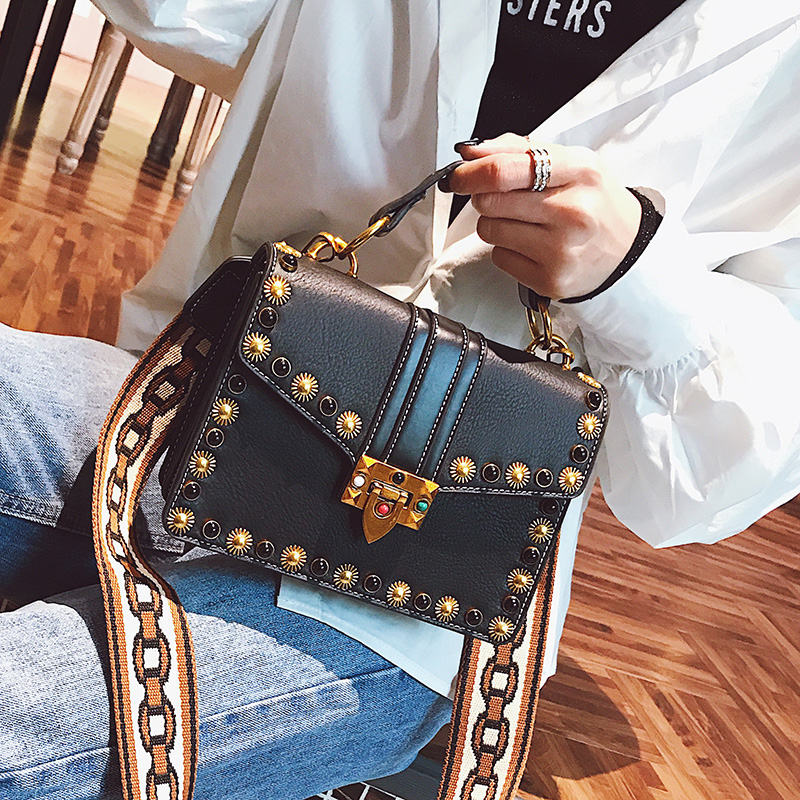British Fashion Retro Female Handbag 2018 New High-quality PU Leather Women bag Rivet Tote bag Portable Shoulder Messenger Bag 2015 new fashion trend of women bag quality pu leather bucket bag portable shoulder messenger bag sweet personality small bag