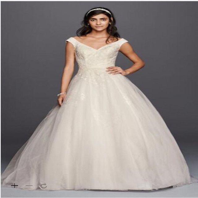 2016 Tulle Ball Gown Wedding Dresses V-Neck with lace applique and sequins  bodice a layer of tulle skirt WG3797 Plus Size gown dcdf6c10a9c2