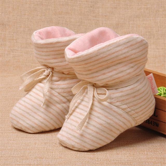 Lolita Girls Invierno Primer Caminante Del Bebé Zapatos Recién Nacidos Calientes Zapatilla de Casa Ropa De Año Nuevo Niños Casa Zapatillas Mocasines 70A1023