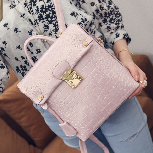 2016 European fashion stone new summer tassel with locking shoulders leisure female mobile phone bag backpack free shipping