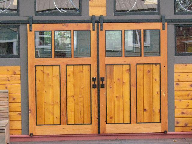 Double Panel Antique Style Steel Sliding Barn Door Closet Hardware