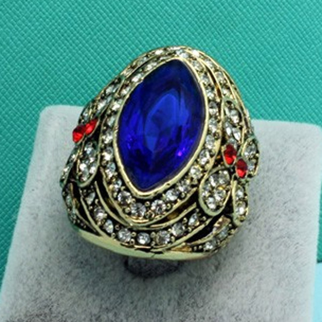 Blucome Fashion Men Ring Jewelry Turkish Anel Big Size Rhinestone Finger Rings Women Party Gifts Vintage Aneis Bridal Jewelry