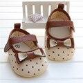 Macia do bebê recém-nascido menina shoes dots bow algodão crib shoes carrinho de bebê Infantil Criança Primeiro sapato Andador Para O Bebê 0-18 Meses menina