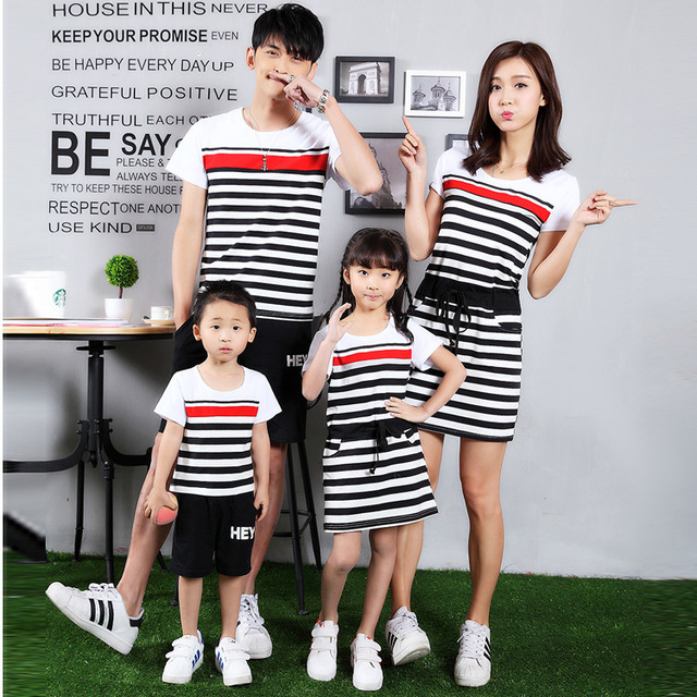Family Matching Outfits Family Clothing Mother and Daughter Matching Dress Clothes Father Son Clothes Family Clothing Sets TT55