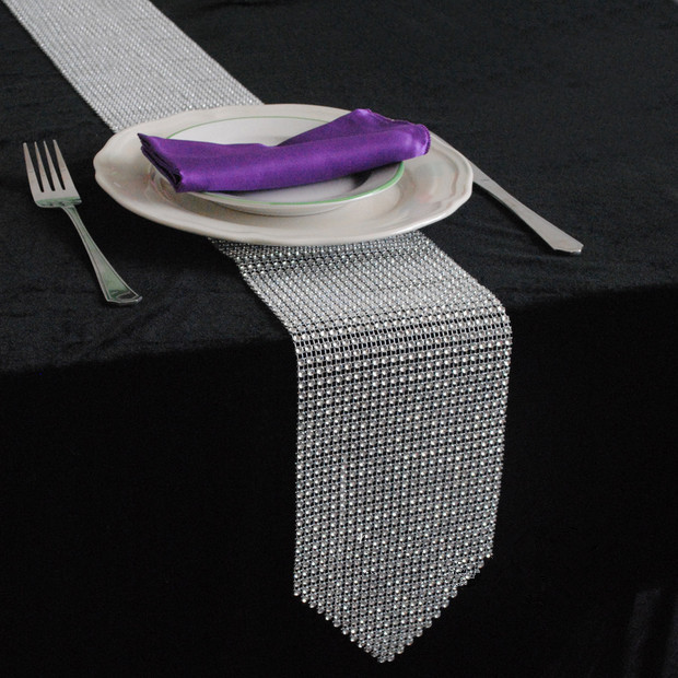 2015 new design bling bling sliver diamond rhinestones table runner wedding party banquet table decoration free - Chemin De Table Color