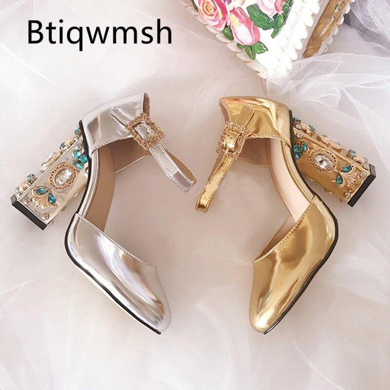 Ayakk.'ten Kadın Pompaları'de Kadınlar Için 2019 Retro Altın Pompaları Sivri Burun imitasyon toka Elmas Yüksek Topuk Ayakkabı Kadın Moda Düğün Ayakkabı'da  Grup 1