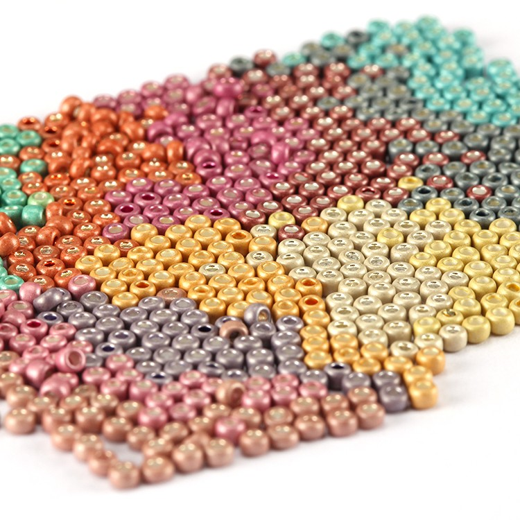 100 crackle glass beads MIXED brights  8mm UK seller  E47