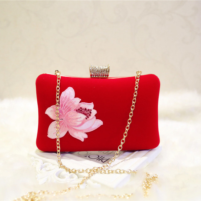 Embroidered velvet handbags 2