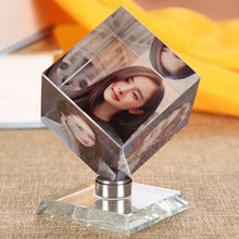DIY Square Shaped Crystal Photo Frame Customized Color Printing Picture Frames Glass Personalized Gifts Rotating Gleamy