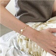 AOMU-Korea-Metal-Gold-Color-Bracelets-Bangles-For-Women-Imitation-Pearl-Bracelet-Vintage-Opening-Bangle-Party