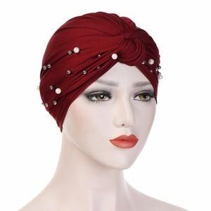 Image 4 - קסם מוסלמי נשים טורבן כובעי הודי כובע כיסוי ראש חם אוזן מוצק צבע נמתח רך בימס כובע בנדנה עבור גברת